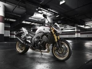 2011-Yamaha-FZ8-Sports-Bike